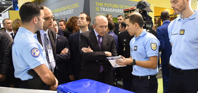 G rard collomb inaugure le salon milipol paris l 39 actu du for Salon milipol